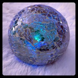 Other - Small Decor Ball (Lights Up)